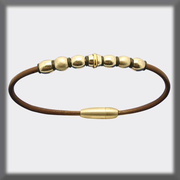 BRACELET IN STAINLESS STEEL, GOLD AND LEATHER, 2,5 mm, OVAL MOTI