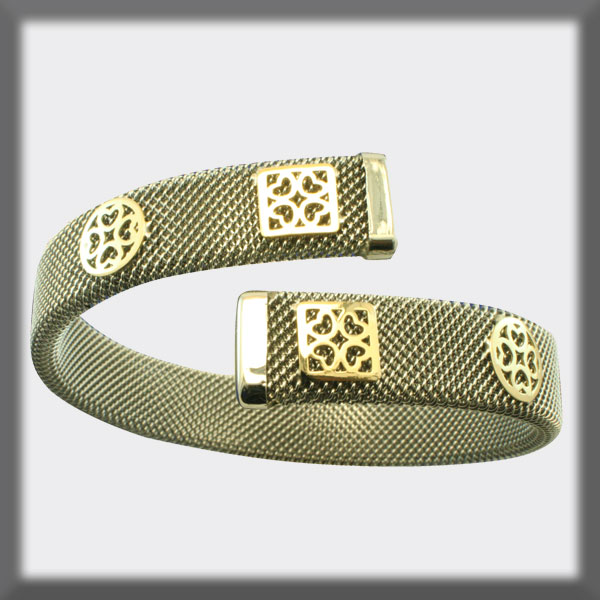 BRACELET IN STAINLESS STEEL AND IN GOLD, MESH 11 mm, HEART IN GO