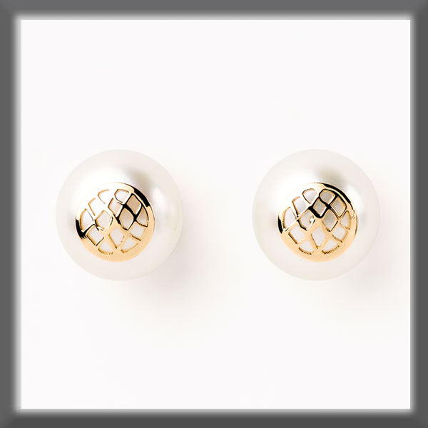 EARRINGS IN STAINLESS STEEL AND IN GOLD, PEARL STUD 9,5 mm, ROUN