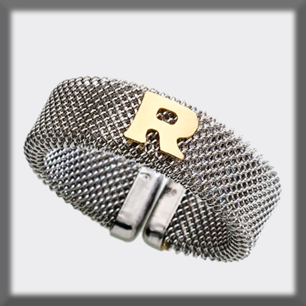 RING IN STAINLESS STEEL AND IN GOLD,MESH 7 mm, LETTER IN GOLD