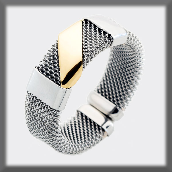 RING IN STAINLESS STEEL AND IN GOLD, MESH 7 mm, 2 STRIPS IN STAI