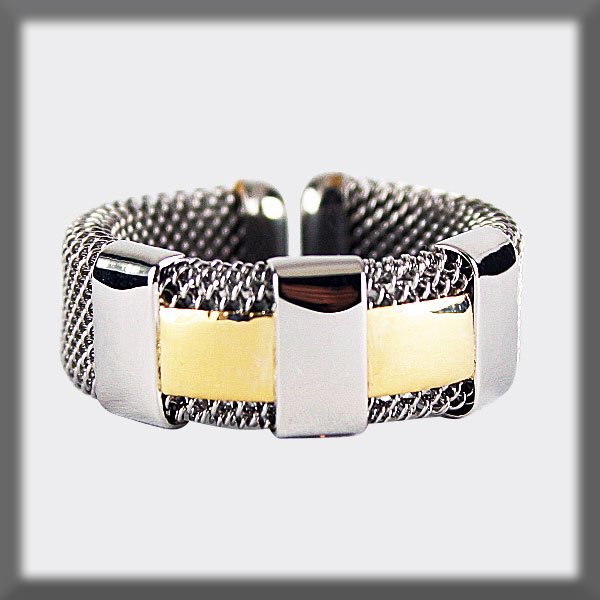 RING IN STAINLESS STEEL AND IN GOLD, MESH 7 mm, 3 STRIPS IN STAI